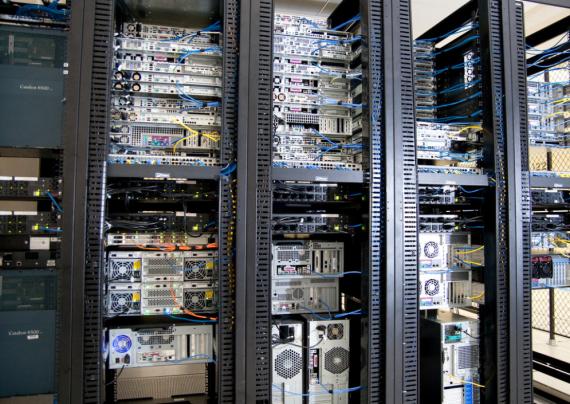 Implementacja infrastruktury serwerowej
